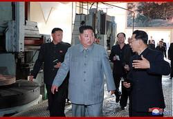 慈江道にある軍需工場、将子江工作機械工場を視察する金正恩氏(2019年6月1日付朝鮮中央通信)