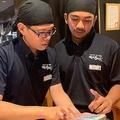 外国人材が働きたいと殺到 独自施策で売上175.4%増の「焼肉きんぐ」