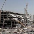 2022年に開催されるカタールW杯に向け、インフラ構築も現地は過酷な労働環境だという【写真:Getty Images】