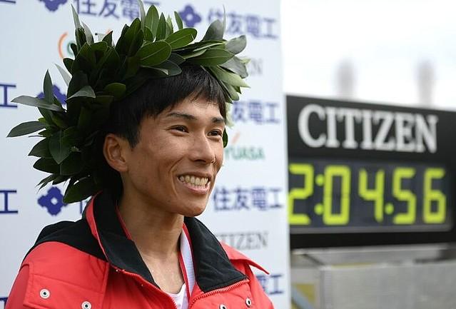 [画像] 五輪キップも「1億円ボーナス」もなし 鈴木健吾のマラソン日本新は「悲劇の大記録」に終わるのか