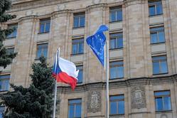 チェコ、弾薬庫爆発巡りロシア外交官を追放 ロも対抗措置