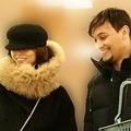 スーパーで楽しく買い物をする米倉とアルゼンチン人恋人。
