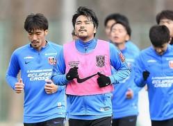 昨季13得点を奪った興梠は、苦境に陥ったチームの中で孤軍奮闘を見せた。今季はチームを上位に導けるか。写真:金子拓弥(サッカーダイジェスト写真部)