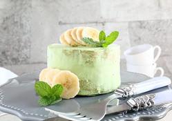 えっ!これホットケーキとレンジでできるの?!抹茶とバナナのショートケーキ