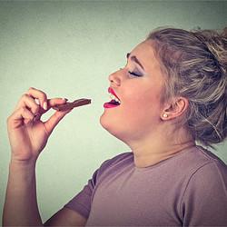 「食べてすぐ寝ると太る」はウソ!? いま知るべきダイエットの新常識
