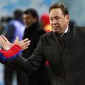 CSKA時代の本田圭佑とレオニド・スルツキ監督【写真:Getty Images】