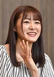笑顔で声優としての意欲を語った長谷川。18歳のセカンドキャリアがスタート =東京・千代田区(撮影・今野顕)