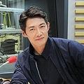 ニッポン放送「KEN RADIO」に出演する反町隆史(右)と水谷豊