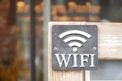 無料Wi-Fiって安全?利用する際の注意点を解説