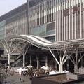 JR博多駅(Kittehakataさん撮影、Wikimedia Commonsより)