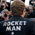 サモア政府は、英歌手エルトン・ジョン(写真)の半生を描いた映画『ロケットマン』について、同性愛を扱っているとして上映を禁止した。5月16日、カンヌで撮影  - (2019年 ロイター/Jean-Paul Pelissier)