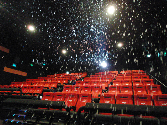 映画界に激震 この冬 アトラクション感覚で楽しむ 4dx が全国の劇場で味わえる ライブドアニュース