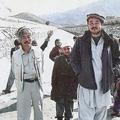『ペシャワール会』でともに井戸掘りや農業用水路建設を行っていた中村医師(左)と杉山大二朗氏(右)