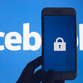 Facebook 政治広告を掲載続ける方針 Twitterは全面的に禁止
