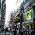 激烈な競争社会で「負け組」に 韓国の中高年が募らせる反日の怒り