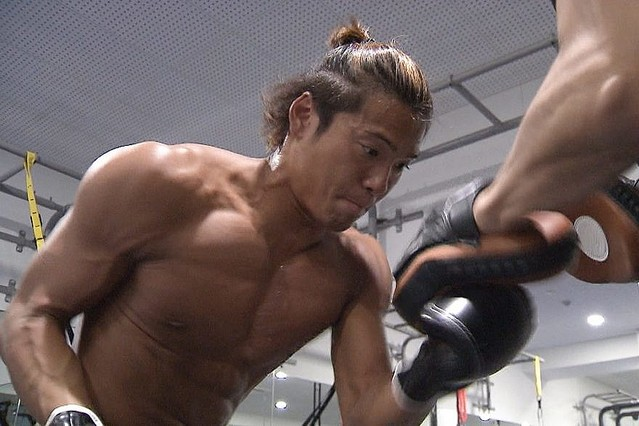 甘いマスクの裏の壮絶な努力。中村克、世界水泳で日本人初の100m自由形 ...