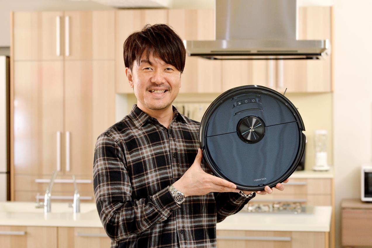 [画像] 土田晃之、最新機「Roborock S6 MaxV」に驚く 「絶対に認めてもらえるロボット掃除機だなと感じました」