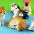 ポーズや毛色はさまざま 柴犬が可愛いミニフィギュアになって登場
