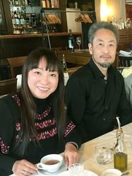 安田さん夫妻。打ち合わせにて