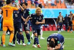 会心の勝利に喜びを爆発させた長友。この男の粘り強い守備は日本に勇気を与えた。(C)Getty Images