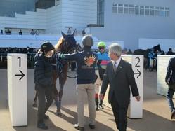 月曜中山6R新馬はローエングリン産駒のフォースオブウィルがV