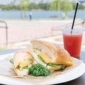 カフェ アクアム / 「厚焼きタマゴの塩パンサンドウィッチ」(540円)