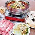 中国各地では近年売り上げ増を狙い、料理の中に麻薬成分のある「ケシの殻」を入れる飲食店が後を絶たない。写真は四川激辛火鍋。(大紀元)