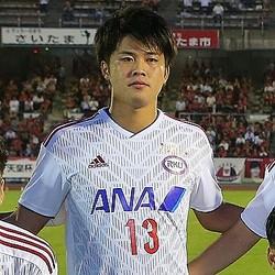 浦和への来季加入が発表された流経大のMF伊藤。写真:山崎賢人(サッカーダイジェスト写真部)