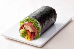 """今年の節分は""""肉づくし""""!「ステーキ・すき焼・ローストビーフ」たっぷりの恵方巻にかぶりつこう"""