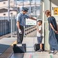 北陸新幹線の運転士さん 男の子に帽子をかぶらせた光景が感動的と話題に