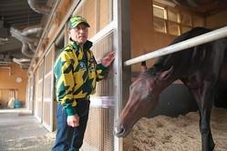 角居調教師が馬のストレス解消法について語る