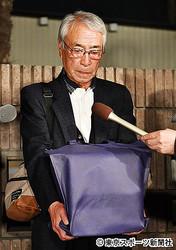 病院訪れるも「棺見送っただけ」志村けんさんの兄、無念さ明かす