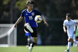 横浜FCで好調の斉藤光はU−20ワールドカップの得点源となる可能性もあるだろう。写真:金子拓弥(サッカーダイジェスト写真部)