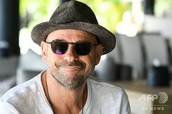 シルク・ドゥ・ソレイユ創設者のギー・ラリベルテ氏。自身が所有するヌクテピピ島で(2019年7月18日撮影)。(c)Mike LEYRAL / AFP