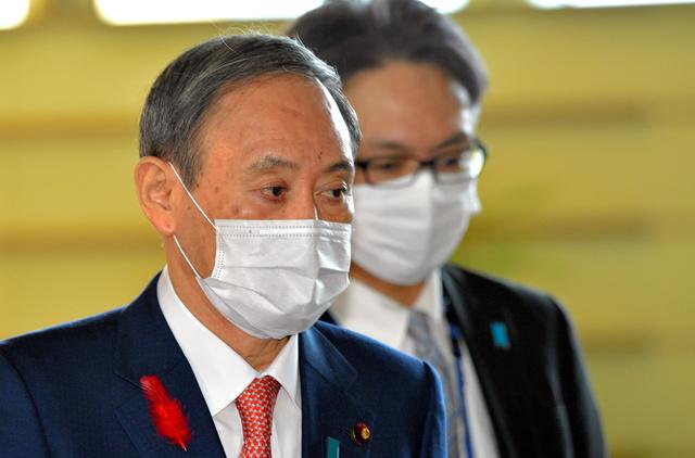 露骨な「アメとムチ」に警戒感 菅首相と玉城知事が会談