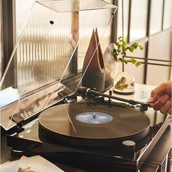 アナログレコードの良さを再認識したいならオーディオテクニカのベルトドライブターンテーブル『AT-LPW50PB』はいかが?