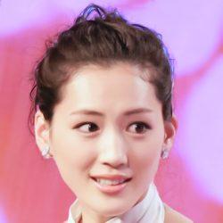 綾瀬はるか「中国人撮影トラブル」の超厳戒現場(1)同じスタジオの中国人撮影チームが…