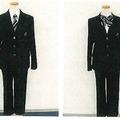 ネクタイとズボン、リボンとズボンの組み合わせ例