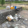 BBQのゴミなどが放置されていた(写真は、松本市公園緑地課提供)