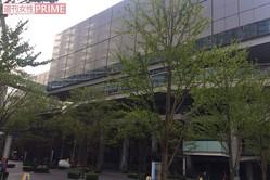 上智大学の卒業式会場となった『東京国際フォーラム』。当日は多くの人であふれかえった