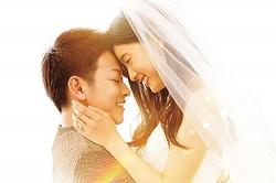 ウエディングドレス姿の土屋太鳳が美しい!  - (C) 2017映画「8年越しの花嫁」製作委員会