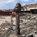 火災で正殿が全焼した首里城 写真で見る「炎上前」と「炎上後」