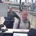 ゴーン被告の逃亡を手助けか 2人の映像をトルコメディアが公開