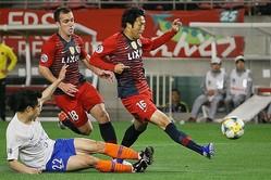 伊藤が抜群の決定力を発揮。68分、70分と立て続けにゴールを奪い、チームを勝利に導いた。写真:滝川敏之