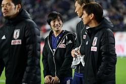 海外メディアも中島のハイパフォーマンスを絶賛。「日本でもっとも高価なプレーヤー」と評する。写真:茂木あきら(サッカーダイジェスト写真部)