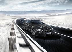 BMW、M5誕生35周年を記念した特別仕様車「M5 35 Jahre Edition」10台限定発売