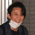 """有吉弘行 サプライズ祝福""""門前払い""""..."""