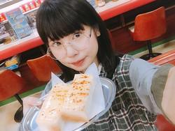 """アイドル、仰天!神田の名物トーストは「入ってないはずの""""たらこ""""の味」"""