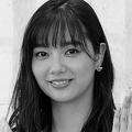 新川優愛の「ロケバス婚」運転手を直撃 ユース所属経験の噂は否定
