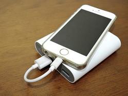 モバイルバッテリーの使い方が危ない? スマホの充電が、やけど・火災の原因にもなる使い方を再確認しよう